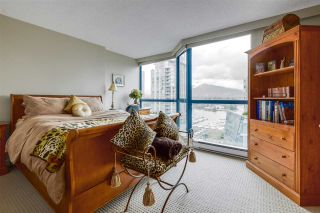 """Photo 11: 902 1415 W GEORGIA Street in Vancouver: Coal Harbour Condo for sale in """"Palais Georgia"""" (Vancouver West)  : MLS®# R2163813"""