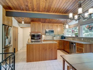 Photo 4: 628 KING Road in Gibsons: Gibsons & Area House for sale (Sunshine Coast)  : MLS®# R2596005