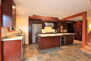 Photo 1: 402 E 5TH Street in North Vancouver: Lower Lonsdale House for sale : MLS®# V978336