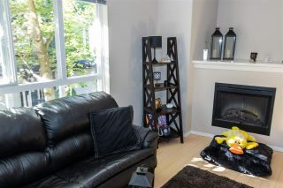 "Photo 3: 127 6747 203 Street in Langley: Willoughby Heights Townhouse for sale in ""Sagebrook"" : MLS®# R2499932"