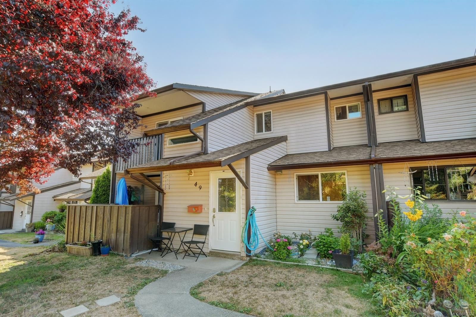 Main Photo: 49 1506 Admirals Rd in : VR Glentana Row/Townhouse for sale (View Royal)  : MLS®# 882374