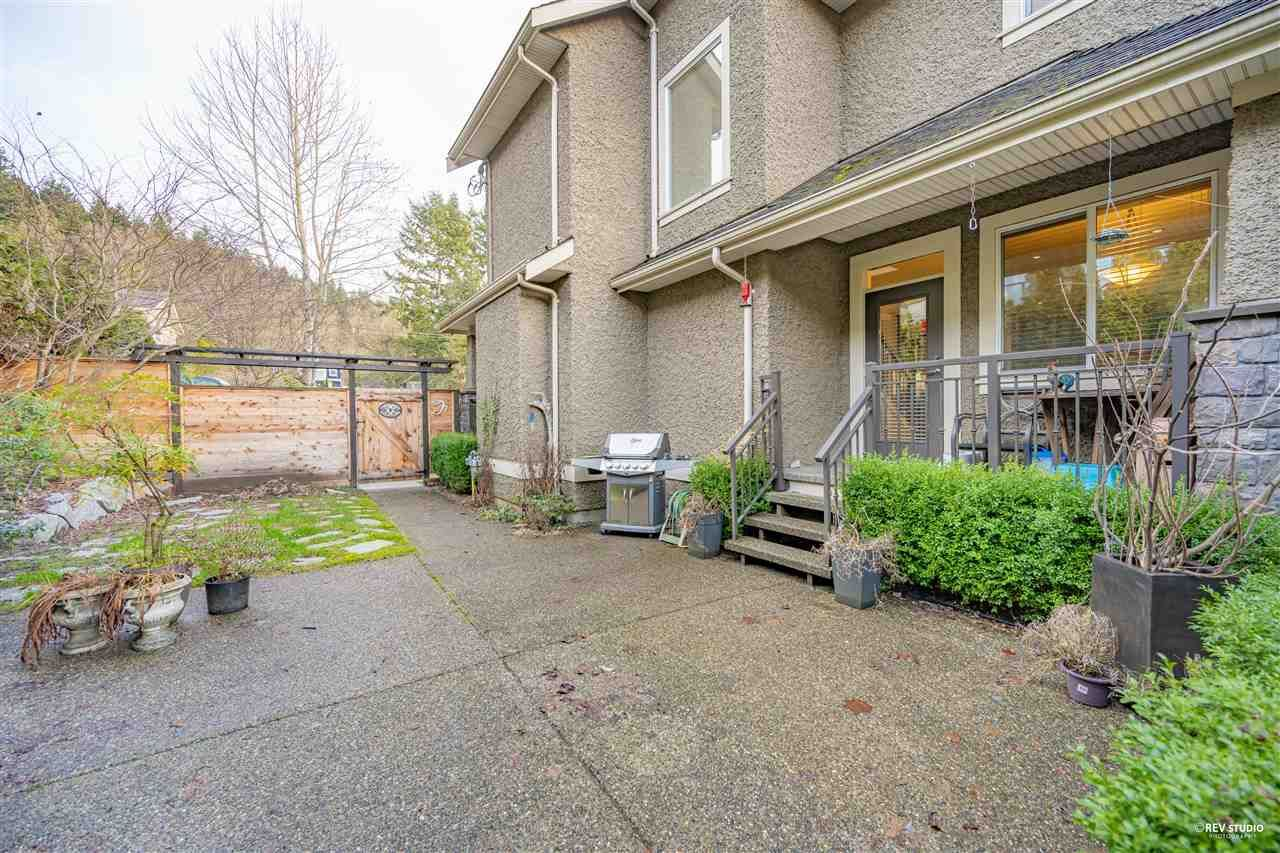 Photo 2: Photos: 645 IOCO Road in Port Moody: North Shore Pt Moody House for sale : MLS®# R2537725