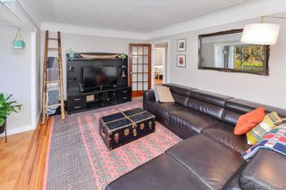 Photo 10: 569 Hurst Ave in VICTORIA: SW Glanford House for sale (Saanich West)  : MLS®# 832507