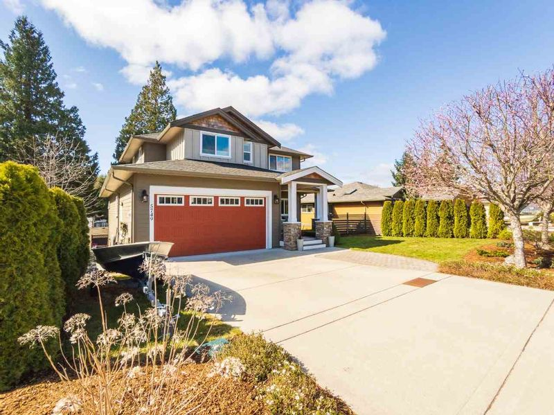 FEATURED LISTING: 5749 TURNSTONE Drive Sechelt