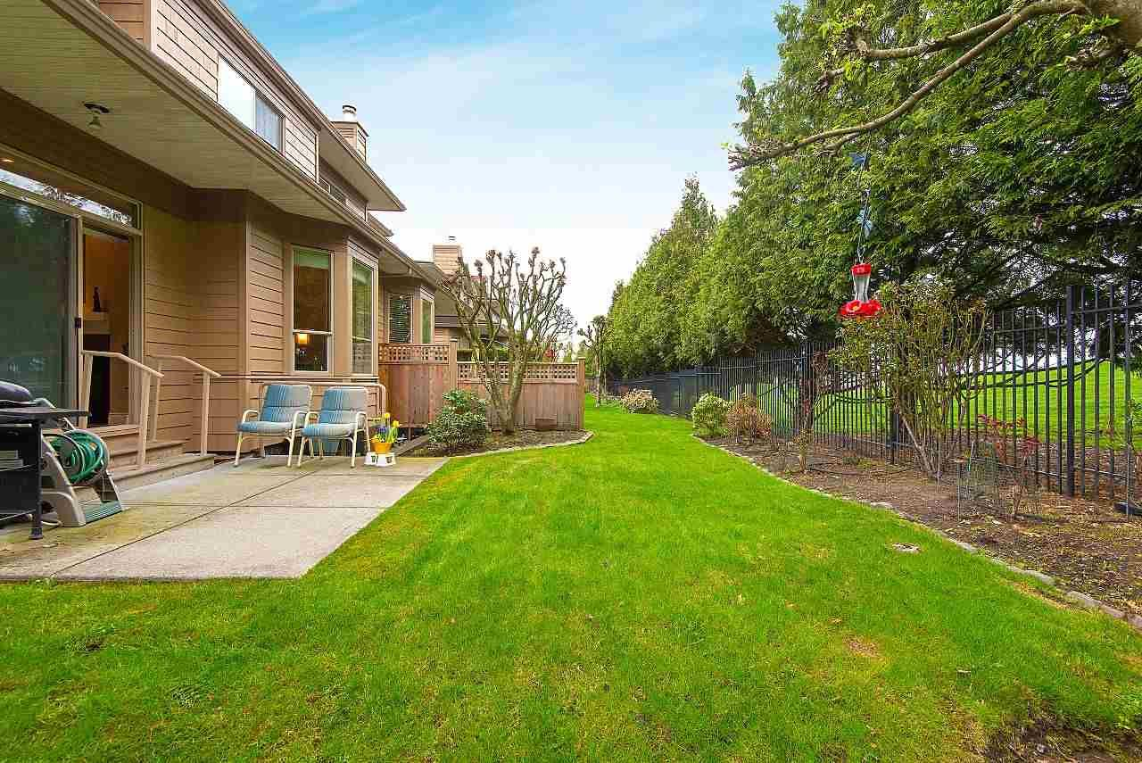 """Main Photo: 57 16655 64 Avenue in Surrey: Cloverdale BC Townhouse for sale in """"Ridgewood Estates"""" (Cloverdale)  : MLS®# R2394728"""