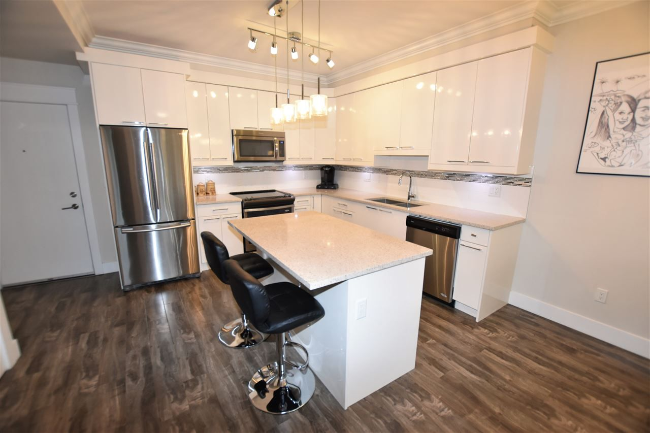 """Photo 5: Photos: 404 19228 64 Avenue in Surrey: Clayton Condo for sale in """"Focal Point"""" (Cloverdale)  : MLS®# R2535709"""