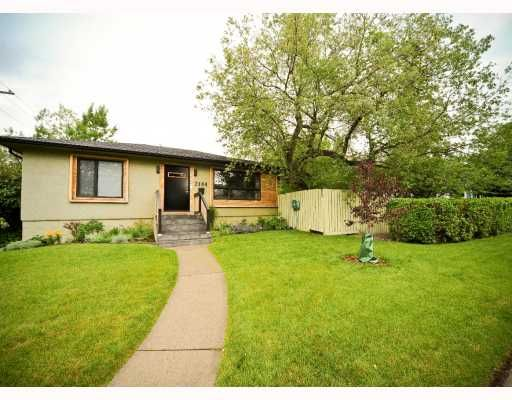 Main Photo: 2104 16 Street SW in CALGARY: Bankview Residential Detached Single Family for sale (Calgary)  : MLS®# C3387263