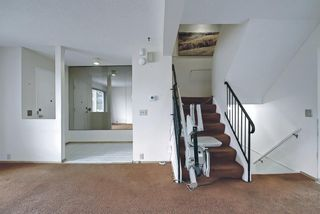 Photo 13: 329 Woodvale Crescent SW in Calgary: Woodlands Semi Detached for sale : MLS®# A1093334