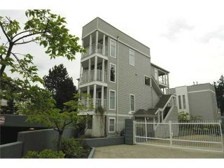 "Photo 1: 47 7345 SANDBORNE Avenue in Burnaby: South Slope Townhouse for sale in ""SANDBORNE WOODS"" (Burnaby South)  : MLS®# V823855"