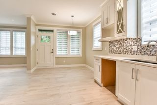 Photo 2: 103 658 HARRISON Avenue in Coquitlam: Coquitlam West Townhouse for sale : MLS®# R2418867