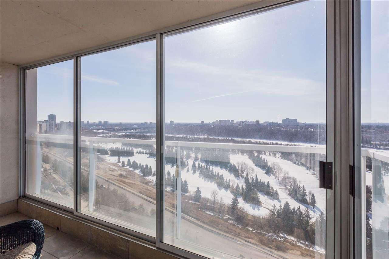Photo 8: Photos: 1703 11920 100 Avenue in Edmonton: Zone 12 Condo for sale : MLS®# E4233731