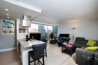 """Photo 3: 402 1250 BURNABY Street in Vancouver: West End VW Condo for sale in """"The Horizon"""" (Vancouver West)  : MLS®# R2529902"""