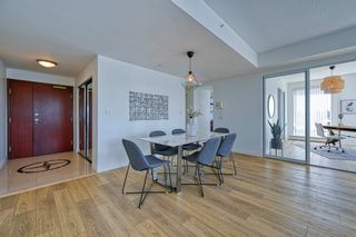 """Photo 9: 705 1383 MARINASIDE Crescent in Vancouver: Yaletown Condo for sale in """"COLUMBUS"""" (Vancouver West)  : MLS®# R2594508"""