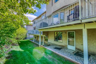 Main Photo: 304 Christie Park Mews SW in Calgary: Christie Park Row/Townhouse for sale : MLS®# A1118123