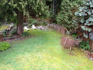Photo 3: 40626 PERTH Drive in Squamish: Garibaldi Highlands 1/2 Duplex for sale : MLS®# V995194