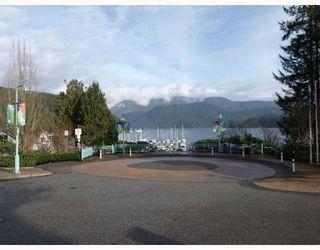 Photo 10: 205 4323 GALLANT Avenue in North Vancouver: Deep Cove Condo for sale : MLS®# V804910