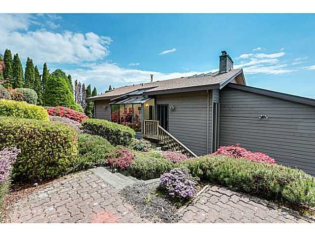 Photo 3: Photos: Cammeray Road in West Vancouver: Chartwell House for rent