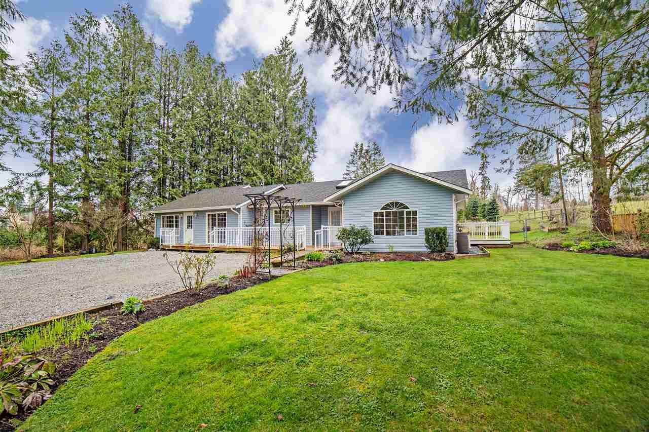 Main Photo: 9239 STAVE LAKE Street in Mission: Mission BC House for sale : MLS®# R2255488