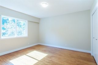 Photo 10: 949 THERMAL Drive in Coquitlam: Chineside House for sale : MLS®# R2262465