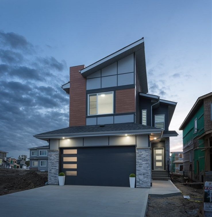 Main Photo: 9426 76 Street in Edmonton: Zone 18 House for sale : MLS®# E4229942