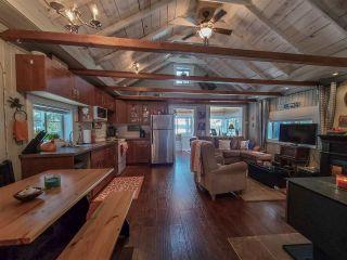 """Photo 9: 52275 GUEST Road in Vanderhoof - Rural: Cluculz Lake House for sale in """"Cluculz Lake"""" (PG Rural West (Zone 77))  : MLS®# R2542900"""