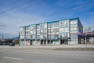 """Photo 3: 317 3423 E HASTINGS Street in Vancouver: Hastings Sunrise Townhouse for sale in """"ZOEY"""" (Vancouver East)  : MLS®# R2553088"""