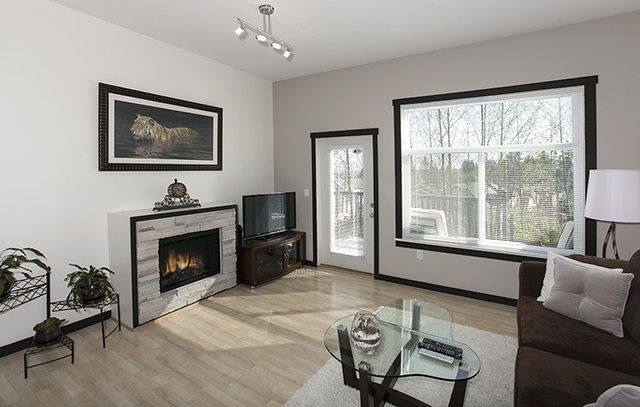 """Photo 7: Photos: 39 15075 60 Avenue in Surrey: Sullivan Station Townhouse for sale in """"NATURE'S WALK"""" : MLS®# R2052983"""