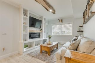 "Photo 1: 201 22363 SELKIRK Avenue in Maple Ridge: West Central Condo for sale in ""CENTRO"" : MLS®# R2516849"