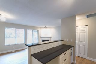 Photo 4: 35 21960 RIVER Road in Maple Ridge: West Central Townhouse for sale : MLS®# R2118565