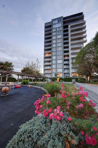 """Photo 47: 303 39 SIXTH Street in New Westminster: Downtown NW Condo for sale in """"Quantum By Bosa"""" : MLS®# V1135585"""