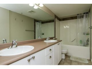 """Photo 19: 207 5488 198TH Street in Langley: Langley City Condo for sale in """"BROOKLYN WYND"""" : MLS®# F1436607"""