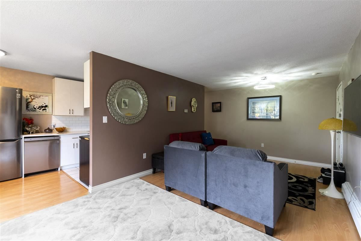 """Main Photo: 360 8151 RYAN Road in Richmond: South Arm Condo for sale in """"MAYFAIR COURT"""" : MLS®# R2580681"""