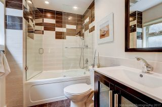 """Photo 11: 7720 TEAKWOOD Place in Vancouver: Champlain Heights Townhouse for sale in """"WOODLANDS"""" (Vancouver East)  : MLS®# R2173091"""