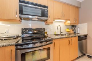 """Photo 7: 103 4155 CENTRAL Boulevard in Burnaby: Metrotown Townhouse for sale in """"PATTERSON PARK"""" (Burnaby South)  : MLS®# R2274386"""
