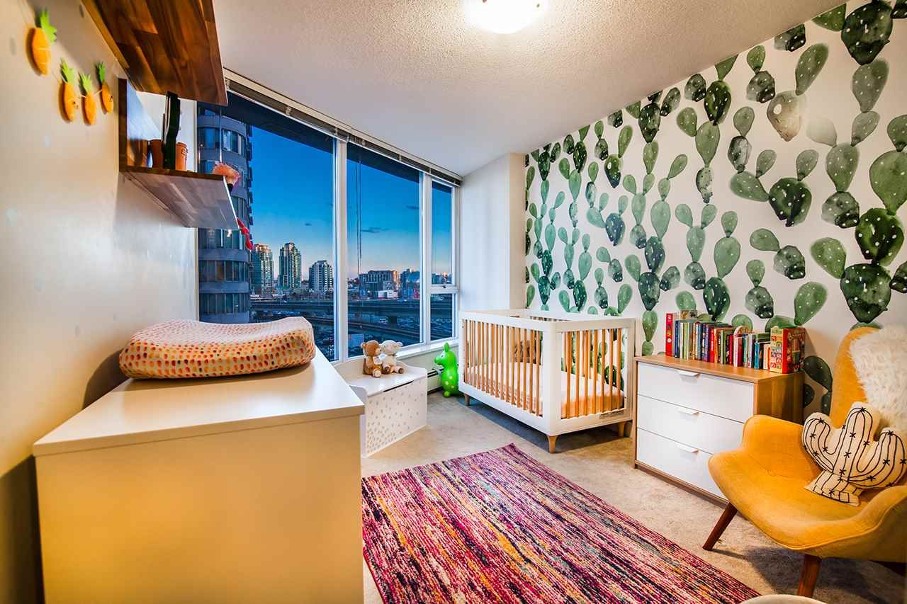 """Photo 14: Photos: 702 689 ABBOTT Street in Vancouver: Downtown VW Condo for sale in """"ESPANA"""" (Vancouver West)  : MLS®# R2352723"""