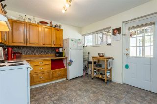 """Photo 24: 4516 199A Street in Langley: Langley City House for sale in """"Mason Heights"""" : MLS®# R2570140"""