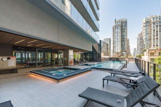 "Photo 25: PH6 777 RICHARDS Street in Vancouver: Downtown VW Condo for sale in ""TELUS GARDEN"" (Vancouver West)  : MLS®# R2463480"