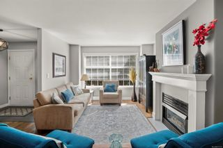 Photo 4: 20 14 Erskine Lane in : VR Hospital Row/Townhouse for sale (View Royal)  : MLS®# 871137
