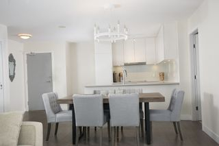 """Photo 7: 1012 668 COLUMBIA Street in New Westminster: Quay Condo for sale in """"TRAPP + HOLBROOK"""" : MLS®# R2137000"""