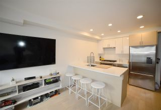 """Photo 5: 2 1411 E 1ST Avenue in Vancouver: Grandview VE Townhouse for sale in """"GRANDVIEW CASCADES"""" (Vancouver East)  : MLS®# R2168722"""