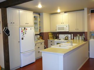 "Photo 3: 30007 GUNN Avenue in Mission: Mission-West House for sale in ""SILVERDALE"" : MLS®# F1300153"
