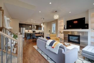 Photo 10: 1 922 3 Avenue NW in Calgary: Sunnyside Row/Townhouse for sale : MLS®# A1102564
