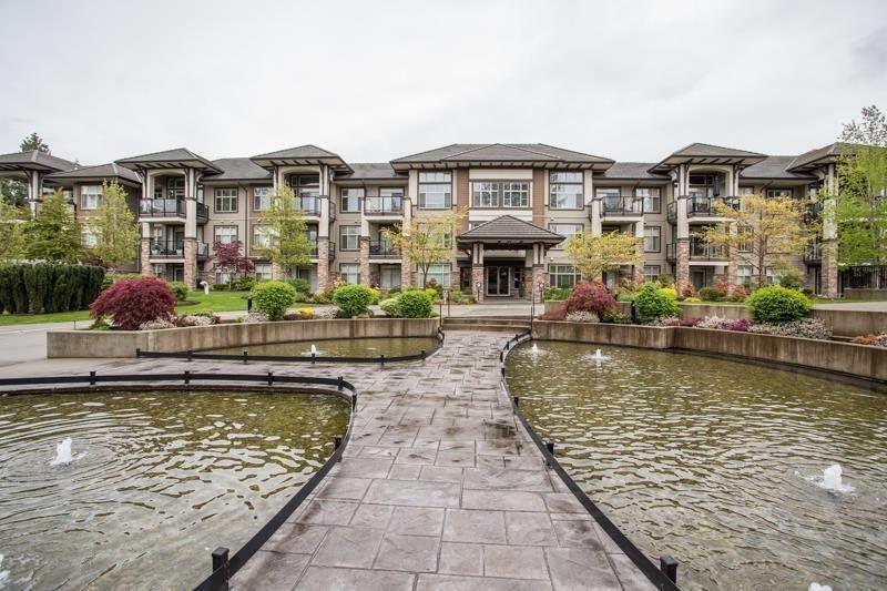 """Photo 28: Photos: 211 15185 36 Avenue in Surrey: Morgan Creek Condo for sale in """"EDGEWATER"""" (South Surrey White Rock)  : MLS®# R2580730"""