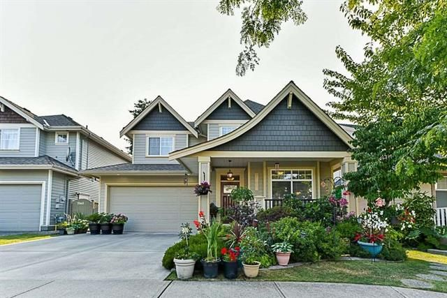 Main Photo: 7071 180 in Surrey: Clayton House for sale : MLS®# R2303438