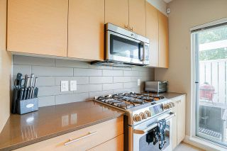 "Photo 11: 5 278 CAMATA Street in New Westminster: Queensborough Townhouse for sale in ""Canoe"" : MLS®# R2502684"