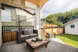 Photo 3: 2110 E 6TH Avenue in Vancouver: Grandview Woodland House for sale (Vancouver East)  : MLS®# R2477442