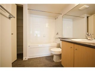 """Photo 8: 218 2768 CRANBERRY Drive in Vancouver: Kitsilano VW Condo for sale in """"ZYDECO"""" (Vancouver West)  : MLS®# V835905"""