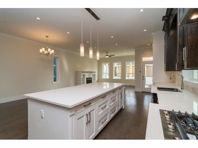 """Photo 7: Photos: 9 1426 FINLAY Street: White Rock House for sale in """"Coach House Property"""" (South Surrey White Rock)  : MLS®# F1424343"""