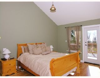 """Photo 10: 1345 CHASTER Road in Gibsons: Gibsons & Area House for sale in """"CHASTER PLACE"""" (Sunshine Coast)  : MLS®# V658536"""