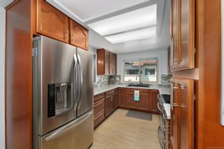 Photo 7: VISTA Condo for sale : 3 bedrooms : 966 Lupine Hills Drive #69